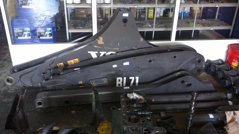 volvo bl71 cikma ikinci el yedek parca arsivleri eyli is makineleri